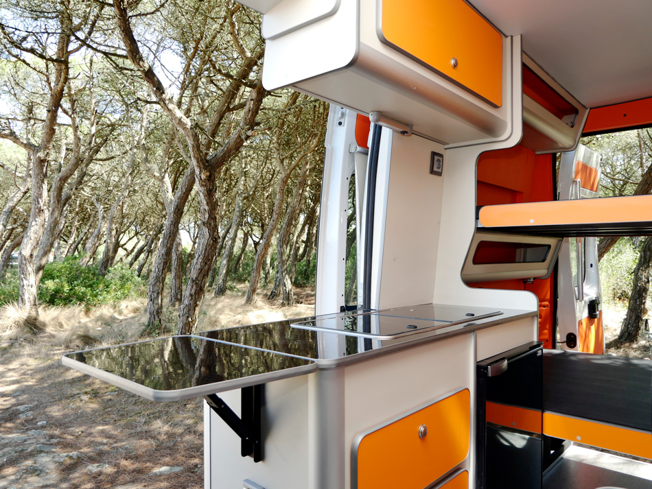 FUNCAMPERS - Campervan Orange County. Into Nature.