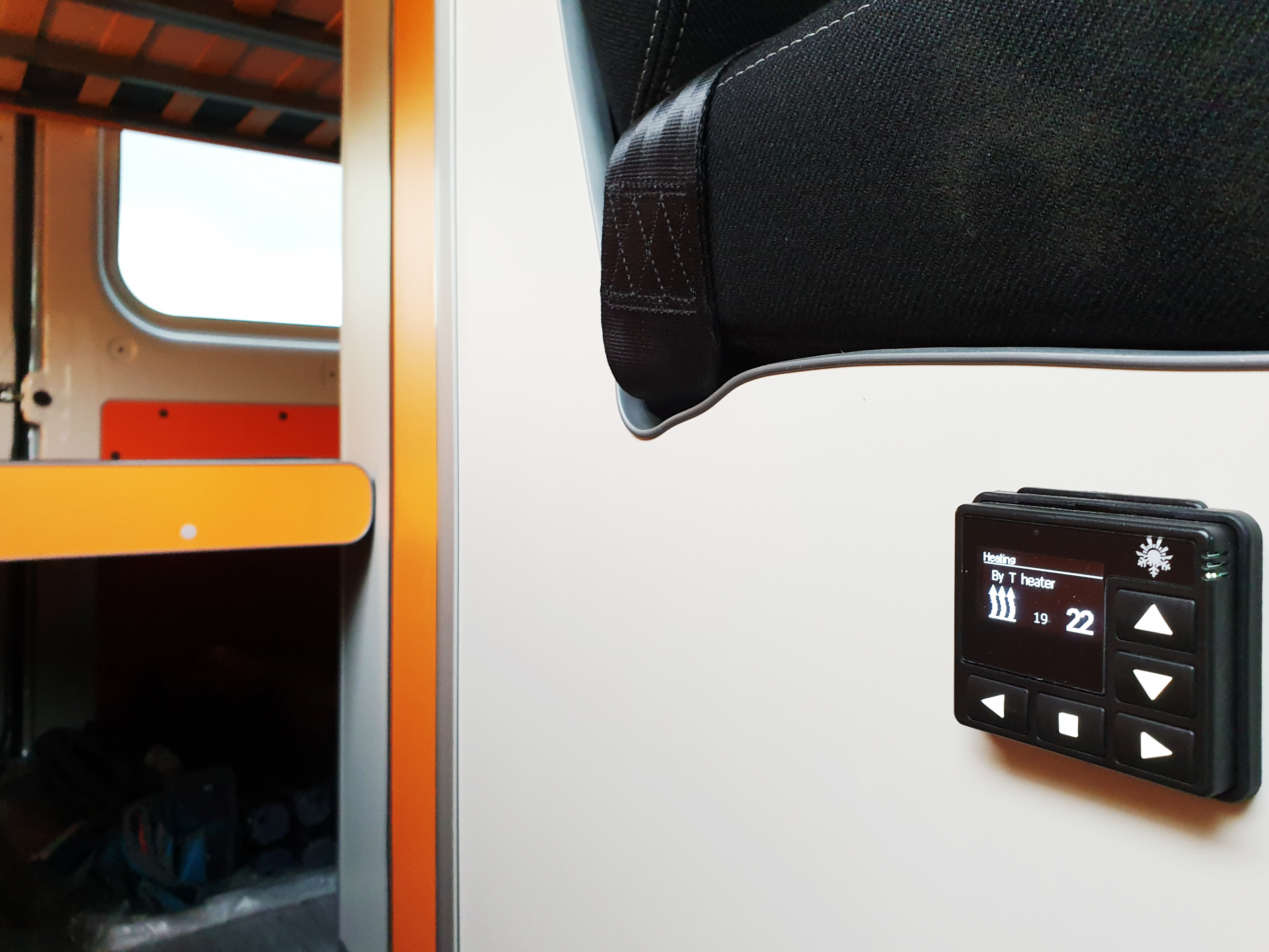 FUNCAMPERS - Campervan Orange County. Central heating!